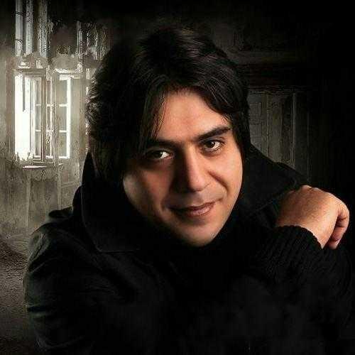 http://dl.rasanejavan.com/RadioJavan%201395/Azar%2095/25/mani.jpg