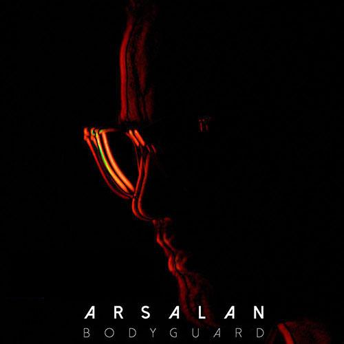 http://dl.rasanejavan.com/RadioJavan%201395/Dey%2095/12/Arsalan-Bodyguard-1.jpg