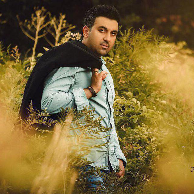 http://dl.rasanejavan.com/RadioJavan%201395/Shahrivar%2095/01/Iman%20Siahpooshan%20-%20Gerye%20Tatile.jpg